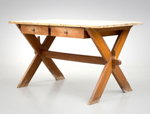 Mesa de caballete con cajones