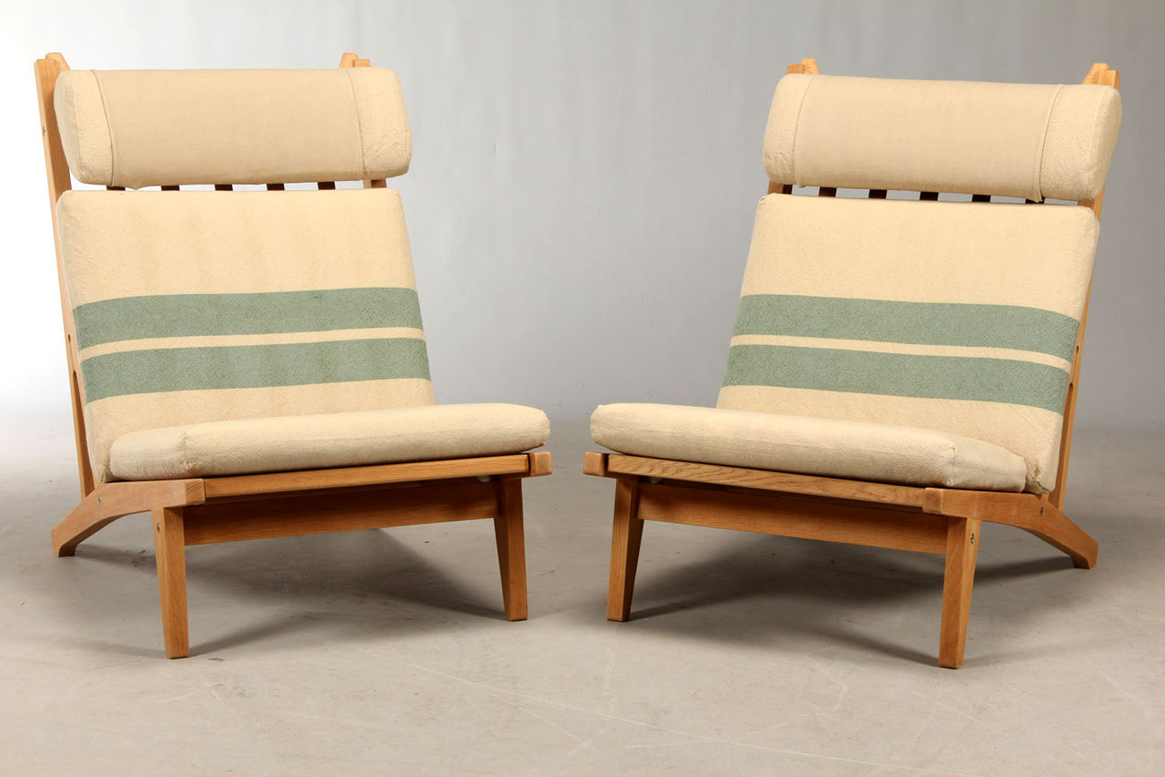 Lounge chairs de Hans J. Wegner