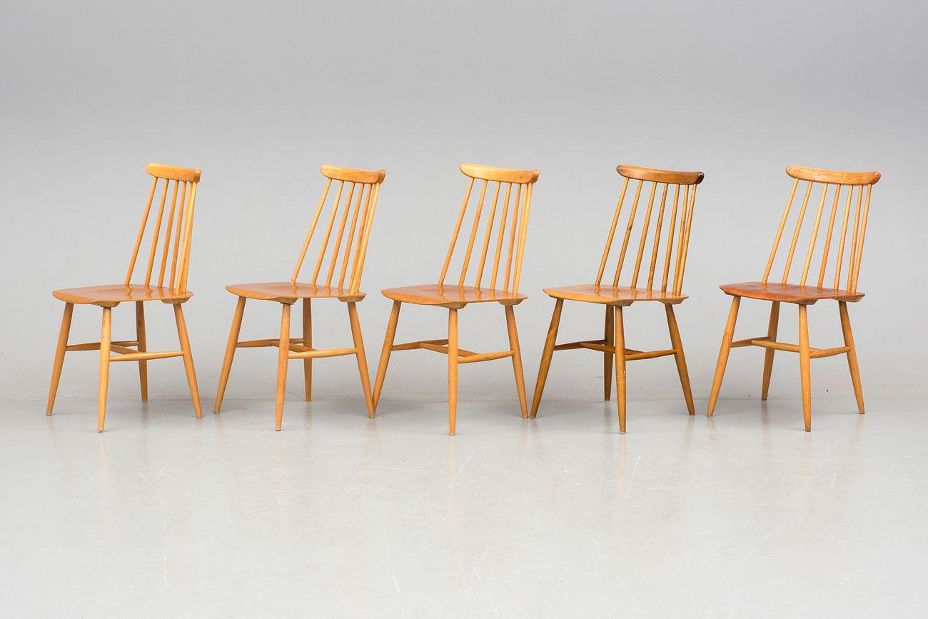 Conjunto de sillas 'Fanett' diseñadas porImari Tapiovaara. Suecia, mediados del siglo XX.
