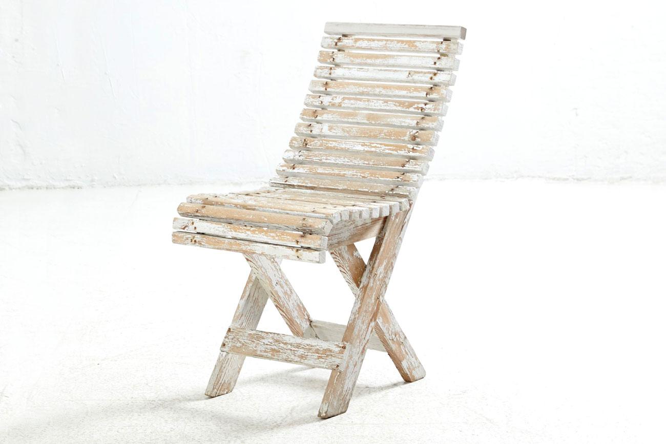 Mesa y sillas de jardín suecas