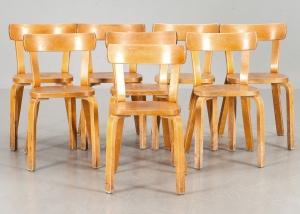 Sillas modelo 69 de Alvar Aalto