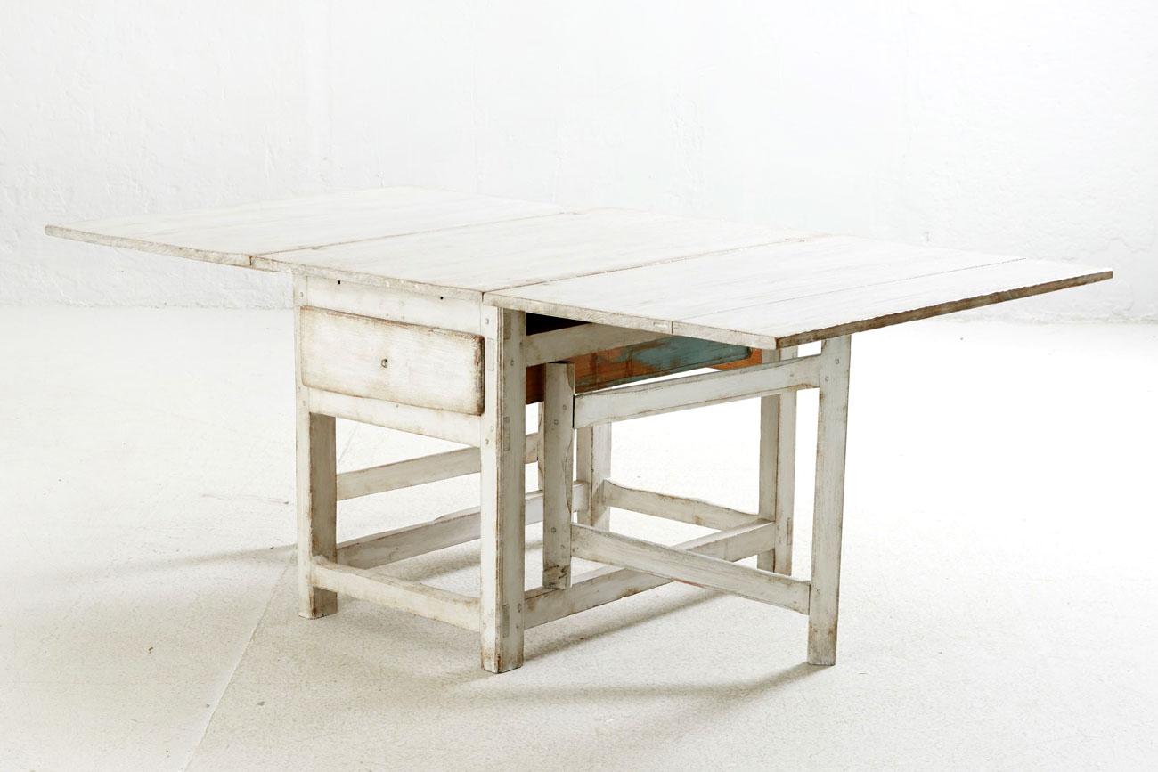 Mesa abatible sueca con cajón
